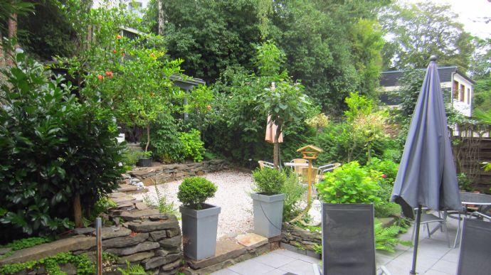 Traumhafte 200 m² barrierefreie Loftwohnung mit Wintergarten und Garten