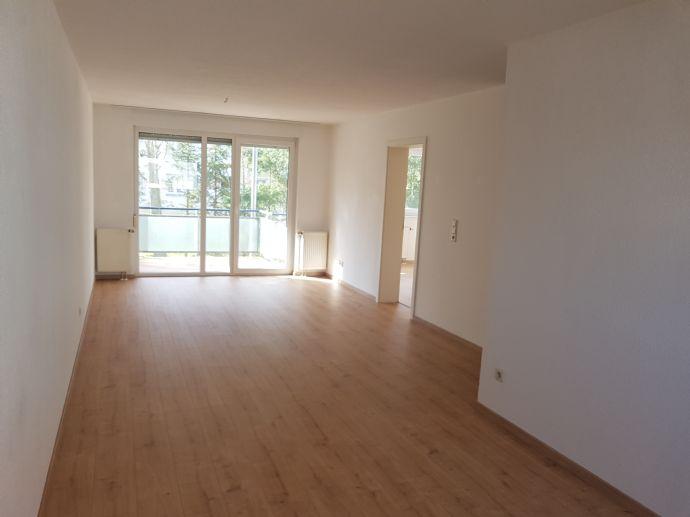 2 Zi.-EG Wohnung - In gepflegtem Ambiente, mit Küchenzeile