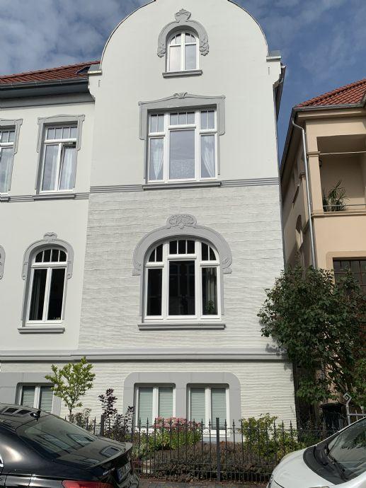 3-Zimmer-Wohnung mit Balkon, Erstbezug nach Kernsanierung
