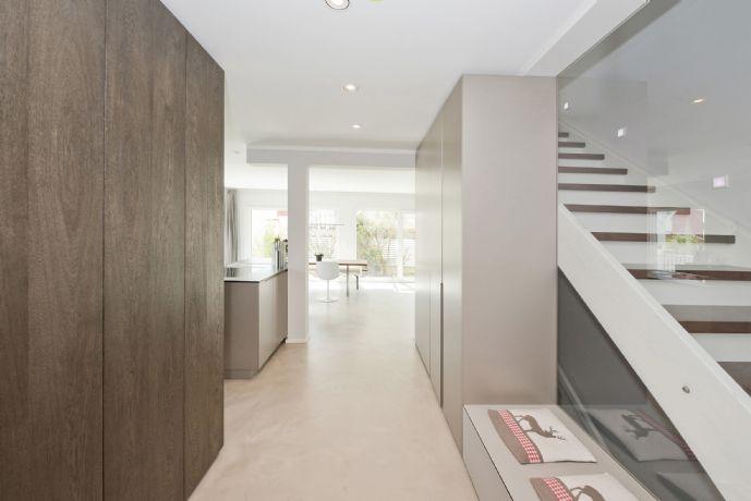 Traumhaftes Einfamilienhaus - hochwertigste Innenarchitektur in ruhiger und naturnaher Lage