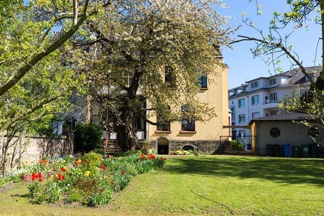Wohnung in modern sanierter Gründerzeitvilla, Erstbezug, Einbauküche, provisionsfrei