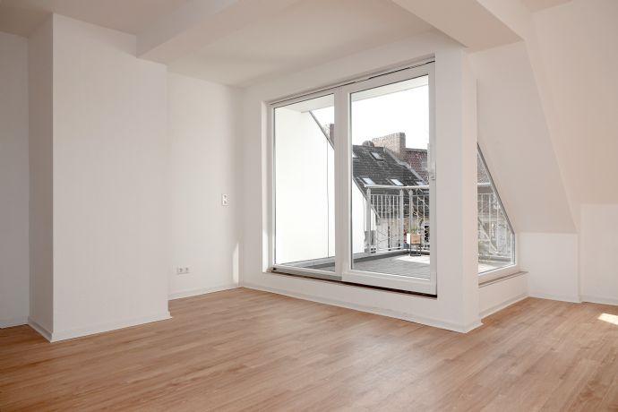 Großzügige helle 3-Zimmer-Dachgesschosswohnung mit sonniger