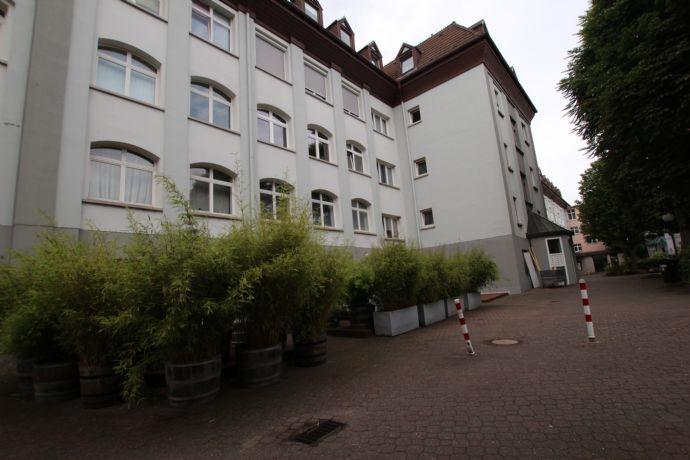 1 Zimmerwohnung in zentraler Lage - Erstbezug nach Sanierung