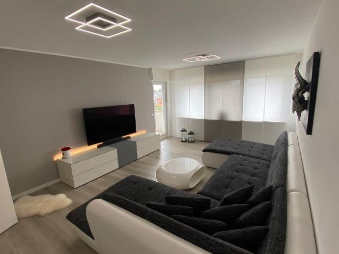 Modernisierte Wohnung mit zweieinhalb Zimmern und Balkon in Mettmann