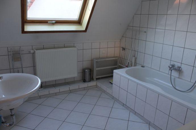 *Monteure oder Kurzzeitmietende* - Haus mit 5 Betten, Küche und Bad