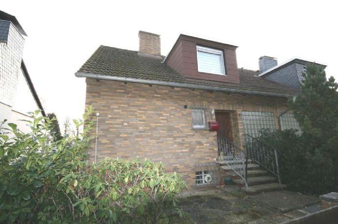 Doppelhaushälfte mit kleinem Garten - Willkommen zuhause!
