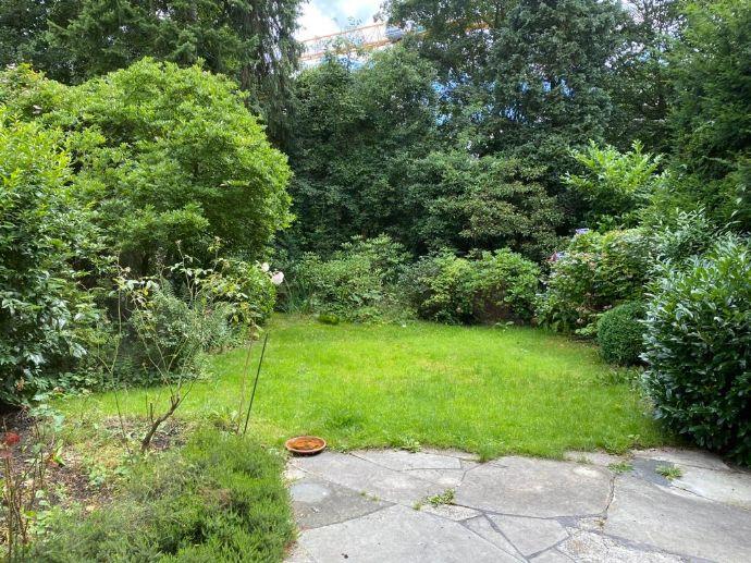 Doppelhaushälfte mit traumhaften Garten in bester Lage in Othmarschen für 2 Jahre zu vermieten