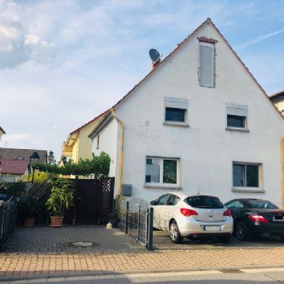 Freistehendes Einfamilienhaus mit familiengerechter Raumaufteilung zu verkaufen