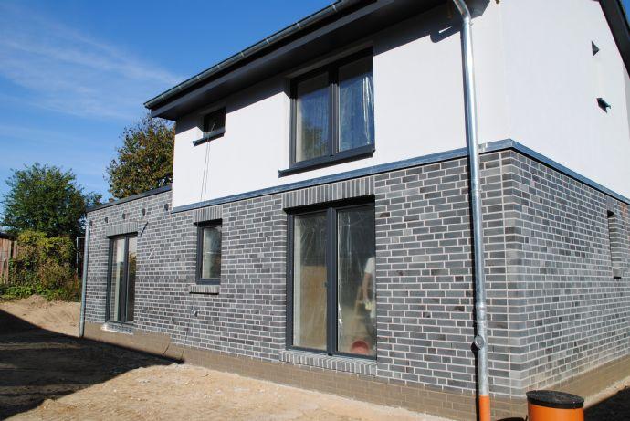 2 Zimmer Wohnung in Großensee , Kr Stormarn