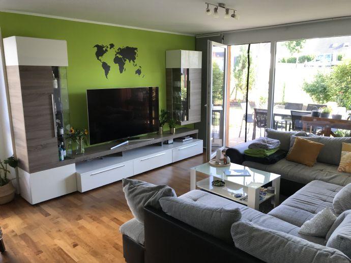 Helle 4-Zimmer Wohnung mit Terrasse und EBK in Knittlingen