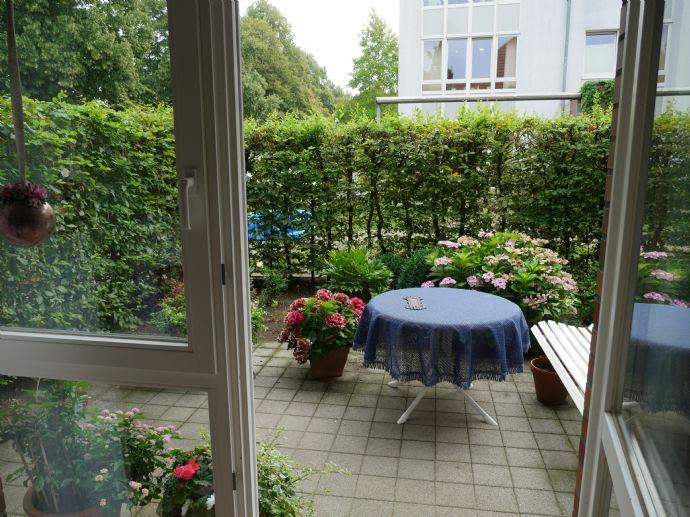 Barrierefreie 2-Zimmer-Wohnung mit Terrasse und Garten zur Eigennutzung