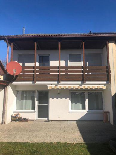 Einmalige Gelegenheit! Top-Sanierte Doppelhaushälfte in Adelberg