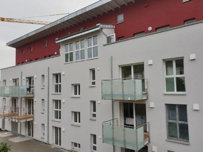 ***Penthousewohnung, NEUBAU, TOP Ausstattung, KfW-Effizienzhaus 40 Plus, Nähe Uni und Klinikum ***