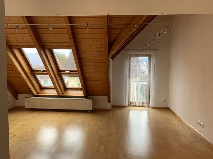 4 Zimmer mit Einbauküche - Wohnung zum Wohlfühlen - Frei ab 01.10.2019
