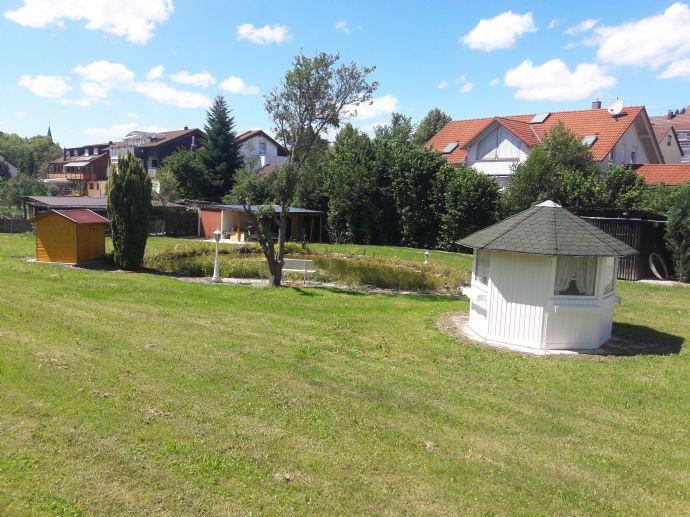 Wohnhaus mit Halle in der Nähe von Nürtingen -optimal für Handwerksbetrieb und Freiberufler !