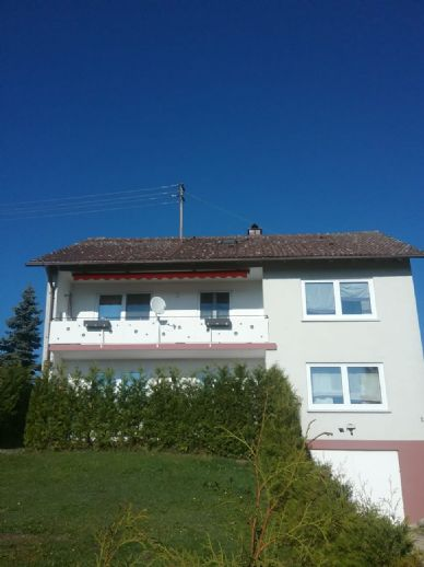 Sehr gepflegtes und neu saniertes Zweifamilienhaus in Bissingen