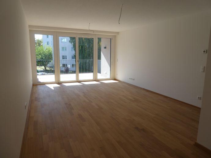 Neue, schöne helle 2-Zimmer-Wohnung in Fürth zu vermieten
