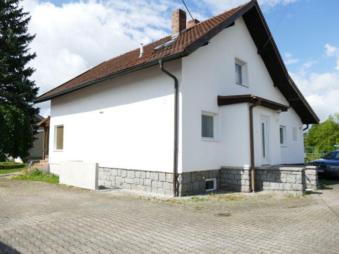 Einfamilienhaus mit 1.140 m² Grundstück, Lagerfläche 270 m²