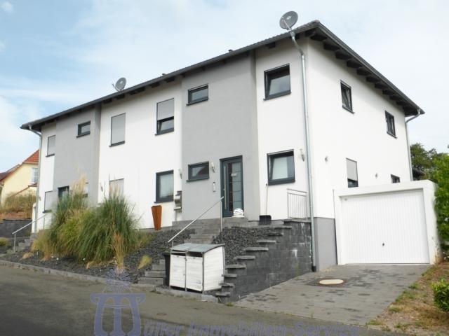 Exclusive moderne Doppelhaushälfte Nähe Waldmohr