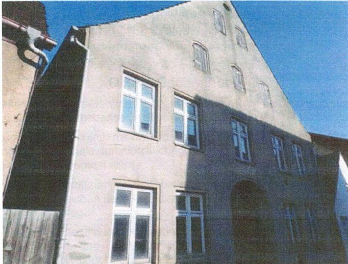 Sanierungsbedürftiges Mehrfamilienhaus im Herzen der Altstadt von Wolgast