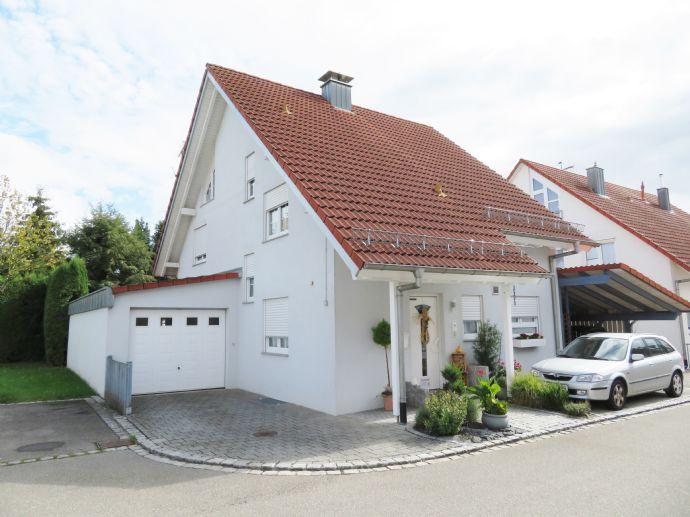 Einfamilienhaus zum Wohlfühlen! Gepflegt, liebevoll angelegter Garten ua. Nähe Bodensee und Schweiz!
