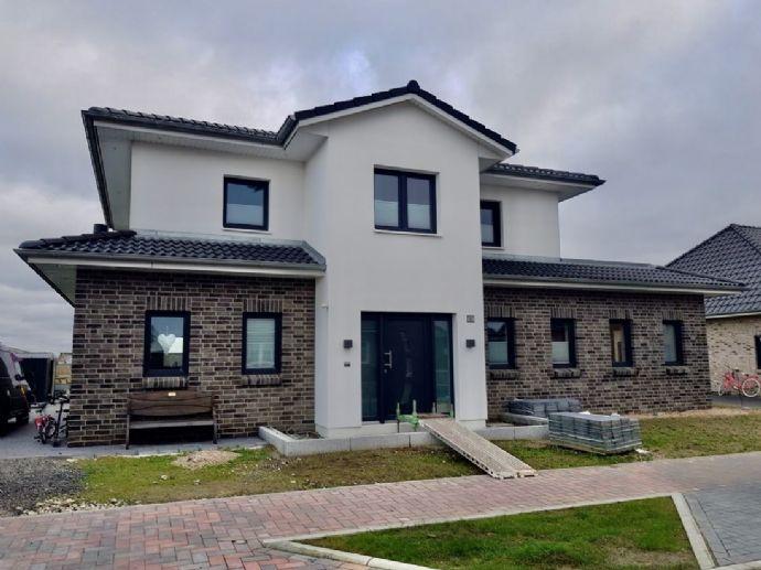 FALK-LIVING Kaufen statt bauen - neuwertiges Traumhaus an der Nordsee