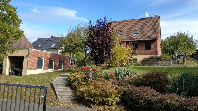 Ruhig gelegenes EFH mit Garten und Garage