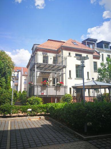 Ruhig und zentral - 3-Zimmer-Wohnung mit großem Sonnenbalkon