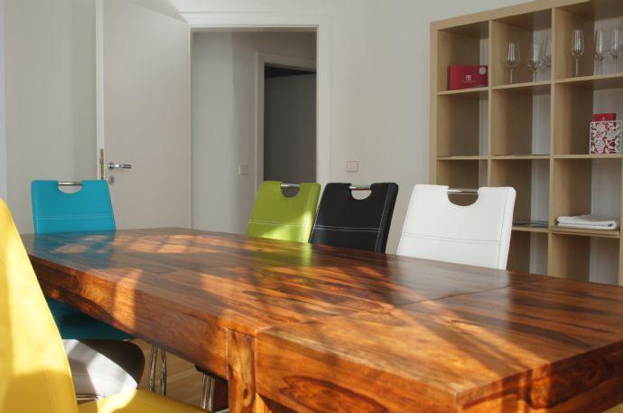 Januar bis Juni 2020: Helle, stilvolle und bestens ausgestatte 100qm 4-Zimmer Wohnung in der absolut