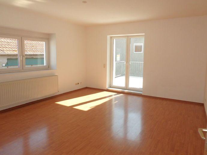 HELD Immobilien - Gepflegte 4 ZKB mit großem Balkon in Udenheim!