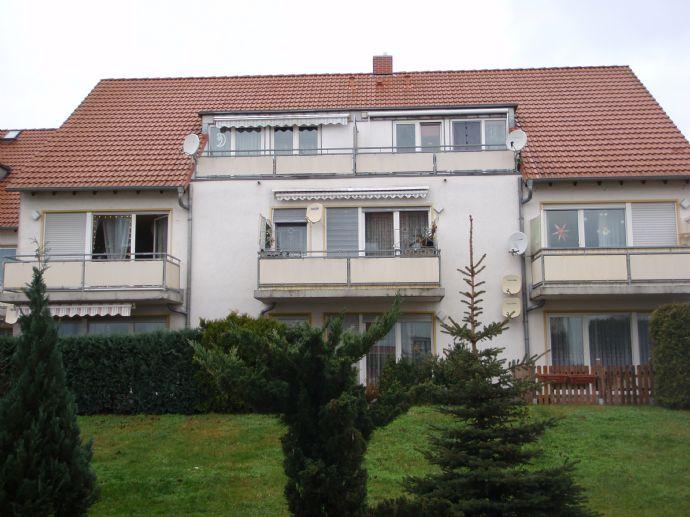 Coswig/Anhalt !  Frisch renovierte 2 ZKB mit großem Balkon !