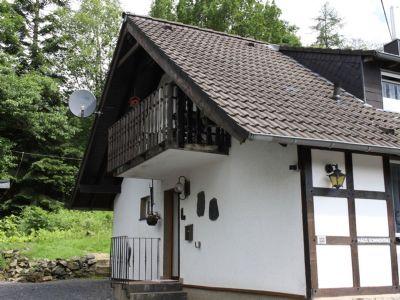 An Brettbaum - Moderne Wohnung nahe des Hohen Venn im Nationalpark Eifel