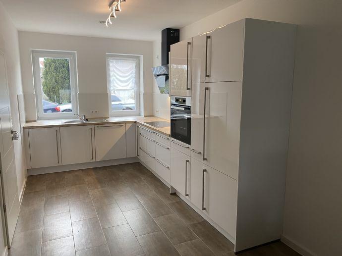 Bahnhofsnah 125 m² Energiesparsame mit Einbauküche Wärmerückgewinnungsbelüftungsanlage Doppelhaushälfte