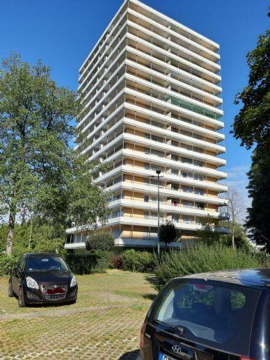 3-Zi.-Wohnung, 92 m², Balkon, EBK, provisionsfrei