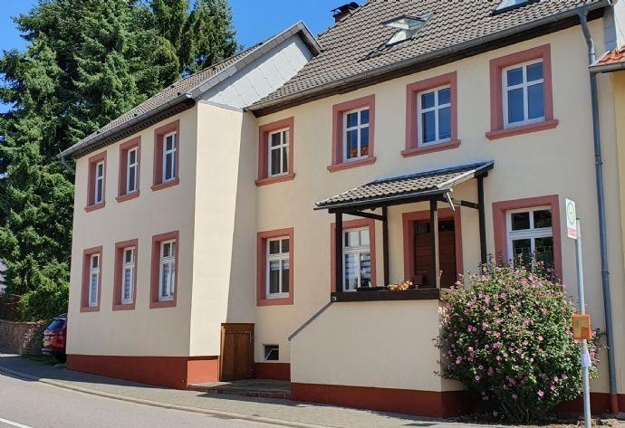 *955*Malerisches Anwesen*ehem.Bauernhaus*4ZKB / 5ZK 2B+Galerie*ca.245m² Wfl.+Scheune*1.200m²Grdst*