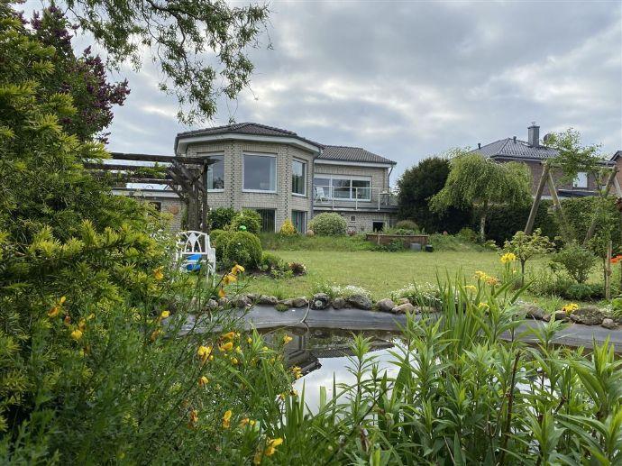 Traumhaftes Einfamilienhaus mit Schwimmbad, Sauna und großem Garten in ruhiger Lage in Beverstedt OT. Bokel