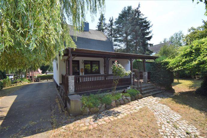 Schickes Einfamilienhaus mit Terrasse, Garten und vielen Extras
