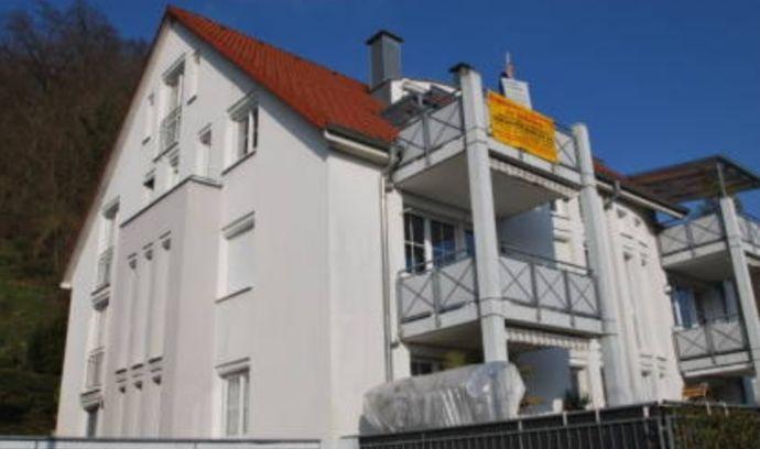 Schöne Dachgeschosswohnung mit Galerie
