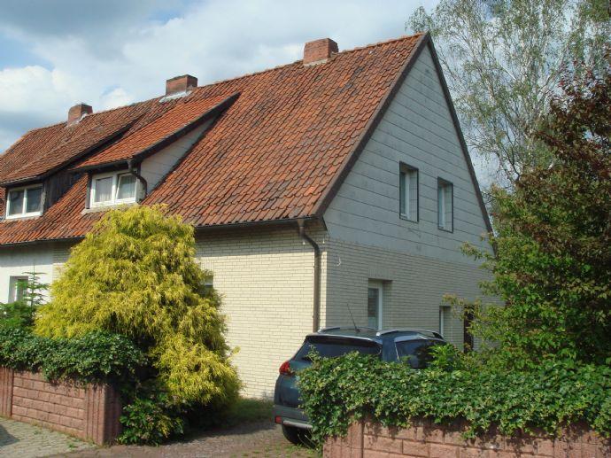 Doppelhaushälfte auf 865 Quadratmeter Grundstücksfläche in Wittingen