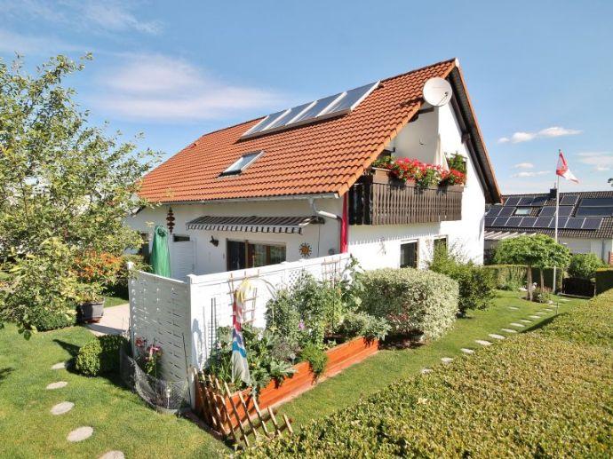 Vermietetes Zweifamilienhaus mit Solaranlage!
