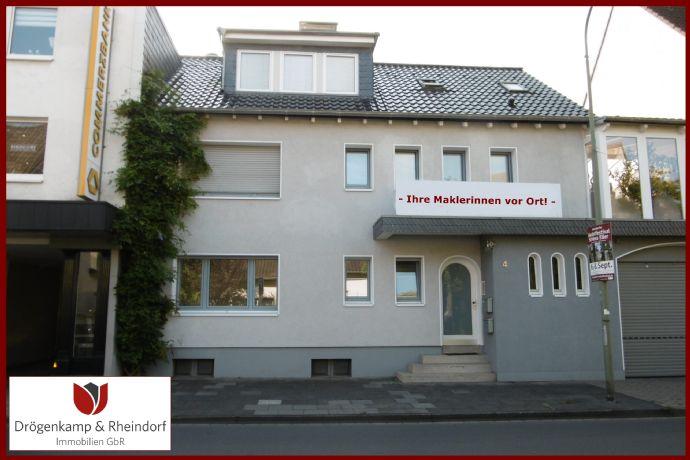 Leichlingen Mitte  Hochwertige renovierte 2 Zimmer Terrassenwohnung  EBK  Gäste WC