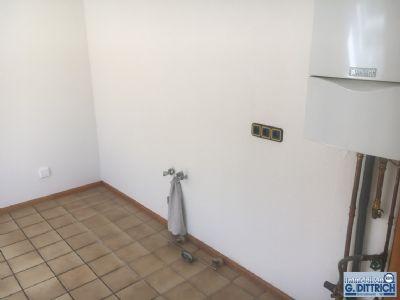 gro z gige 78 m zweizimmer wohnung in einem 3 familienhaus wohnung menden 2lllw4c. Black Bedroom Furniture Sets. Home Design Ideas