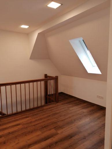 Neu renovierte 4 5-Zi -Wohnung