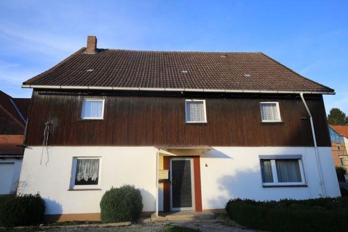 Seesen OT - Einfamilienhaus mit zwei Garagen