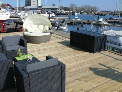Hausboot Bosse - Yachthafen Burgstaaken