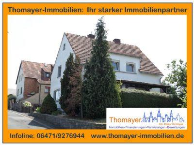 ***Ruhig gelegenes Wohnhaus mit großem Grundstück und Doppelgarage!!!***