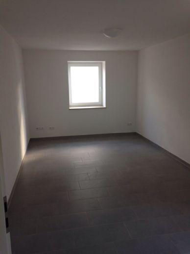 1-Zimmer in WG in Buttenwiesen zu vermieten