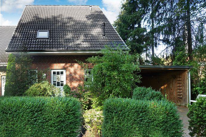 Einfach einziehen und wohlfühlen! Schöner Wohnen in Barmstedt`s Top-Lage! Kurze Wege zum Krückaupark und in die Innenstadt.