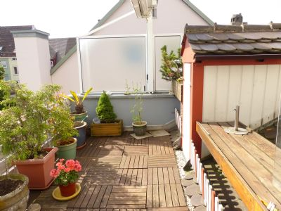 3 zimmer wohnung mit dachterrasse und dachgaube maisonette. Black Bedroom Furniture Sets. Home Design Ideas