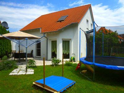Modernes Einfamilienhaus mit schönem Garten !